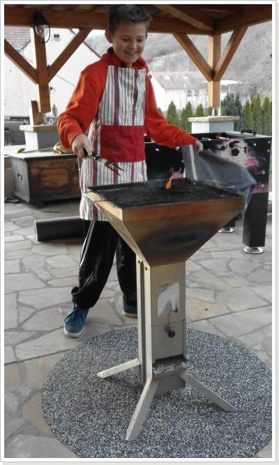 grillmatte preis pro stk schutzmatte bodenschutzmatte grill zubeh r gasgrill ebay. Black Bedroom Furniture Sets. Home Design Ideas